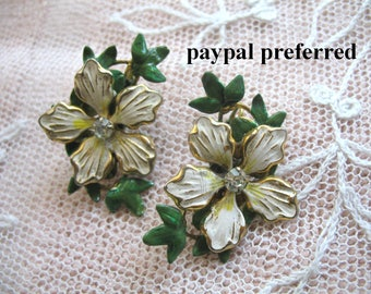 Vintage Enamel Flower Earrings ~ Cream & Green  ~ Clip On