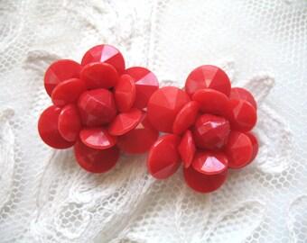 Vintage Plastic Flower Earrings ~ Red Flowers ~ Clip On