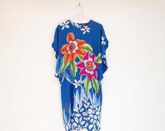 SALE Gorgeous Vintage 1980s Batik Passion Flower Flutter Sleeve Kaftan Dress