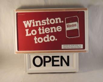 1985 Plastic Winston Cigarette Open / Closed Door Sign in Spanish