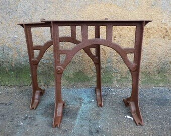 Charming 2 Cast Iron Legs Industrial Table Base Stand Architectural Furniture  Salvage Matching Pair Repurpose Supplies