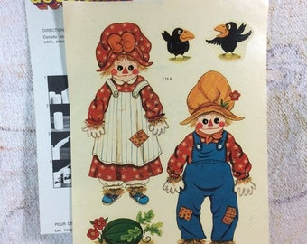 15% OFF 1970s Vintage Water Applied Decals Raggedy Ann and Andy Patchwork Dolls ScareCrows Watermelon Canada Decal