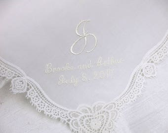 Ivory Color Wedding Hankerchiefs, Wedding Hankies, Names and Wedding Date Handkerchiefs, Hankerchiefs for Bridal Party, hankerchiefs