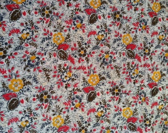 Over 3 Yards of  Cotton Fabric, Quilting Fabric, Fabric Destash Sale, Floral Any Occasion Fabric,Cotton Fabric,Tote Sewing Craft Fabric Sale