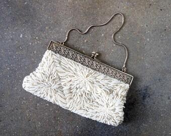 1930's beaded bag. evening. 30's white bag. wedding. Art Deco. silver metal.