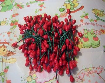 lots of red wire floral berries