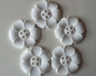Lot of 5 Extra Large Flower Buttons - White