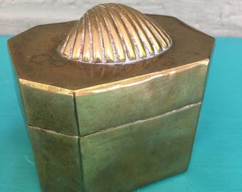 Brass hinged trinket  box with Seashell Clamshell lid