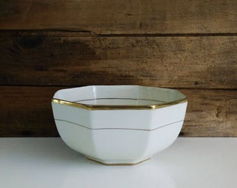 Empire Ivory Ware Octagonal Serving Bowl c. 1930s