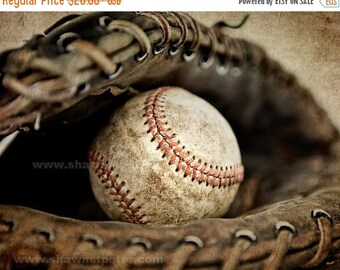 FLASH SALE til MIDNIGHT Vintage Baseball in Catchers Mit Photo print, Boys Room decor, Boys Nursery Ideas, Sports art, Sport Prints, Man Cav