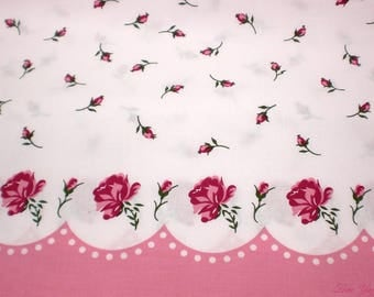 Paris Bebe pink and raspberry roses rosebuds and scallops cotton fabric / 1 yard