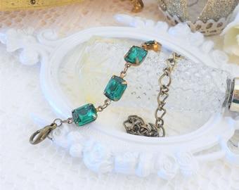 Emerald Bracelet, Crystal Bracelet, Art Deco Bracelet, Art Nouveau, Green Bracelet, Old Hollywood, Vintage Rhinestone Bracelet, Adjustable