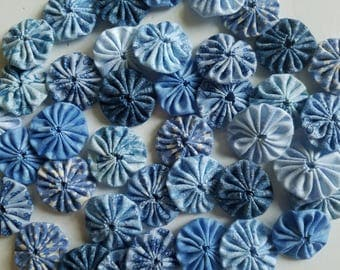 40 Assorted Blue Prints 1 inch  Fabric Miniature Yo Yos Applique Quilt Pieces Scrapbooking Embellishments