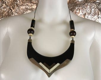 Vintage 70's Tribal Beaded Necklace