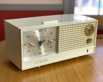 1960s Zenith Tube Radio Alarm Clock, Model H519W, Memory Timer, Tested, Works and Sounds Great, Radio Collector, Father's Day