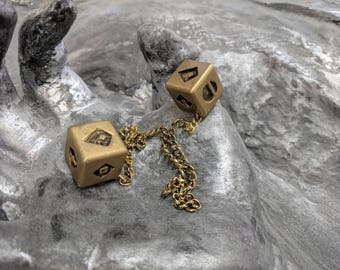 Metal PRE-ORDER Smuggler's Golden Dice - Scoundrel Gambler Rogue - Gold Plated Metal Dice - Rear-view mirror charm for your cockpit