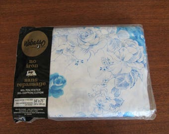 """Vintage 70's Wabasso """"Valley Rose""""Blue Floral Double Fitted Sheet - NOS - 60's Bedding - Linens - Cottage - Bedroom - Full Fitted Sheet"""