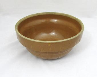 """Vintage Yellowware Crock Bowl - USA 9"""" basket weave pattern - primitive, farm house"""