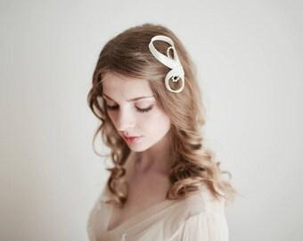 Ivory Fascinator, Bridal Hair Pin, Ivory Hair Pin, Wedding Hair Pin, Ivory Hair Accessories, Ivory Headpiece, Rhinestone Hair Pin