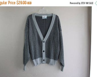 SALE 80's grey and black oversized vintage sweater- HIPSTER grandpa INDIE style- unisex L