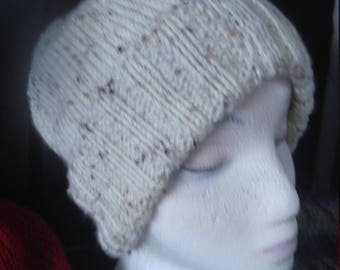 Women's knit hat, off white tweed.