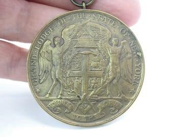 Masonic Medal. Grand Lodge State of New York. 50 YR Bronze Award. Antique 1800's Freemasonry Religious Collectible. Medallic Art Co. NY