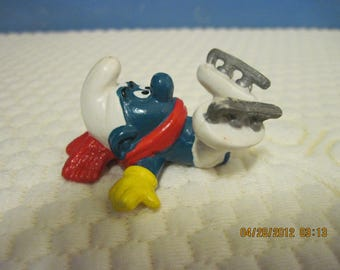 Vintage Ice Skater Smurf...1978...PEYO...Hong Kong..Gift 4 Skater,Gift 4 Professional,Gift 4 Collector,Collectibles