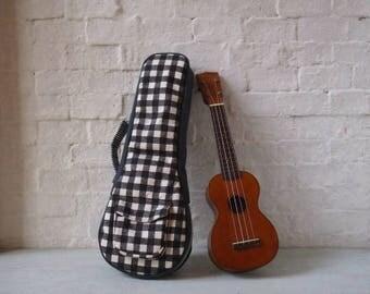 Soprano ukulele case -  Black and White Ukulele case.