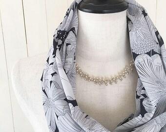 Liberty gray black flower fashion snood polyester gift idea Japan zakka