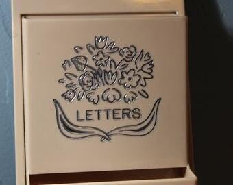 Fesco-3-Tier-Letter-Note-Mail-Key-Holder-Pink