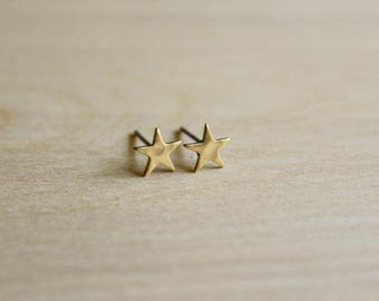 Tiny Hammered Star Earring Studs in Raw Brass, Stainless Steel Posts, Small Little Star Jewelry, Hammered Texture, Gold Tone Stars