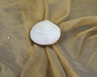 Sea Shell Clam Coin Purse Vintage