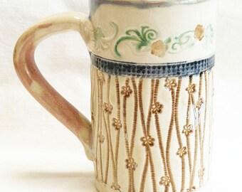 ceramic floral coffee mug 16oz stoneware 16D071