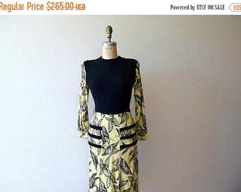 25% SALE 1940s rayon jersey dress . vintage 40s butterfly print dress