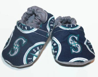 Seattle mariners baby shoes seattle baby booties boy or girl shoes vegan moccs baseball slippers toddler slippers sports baby shoes