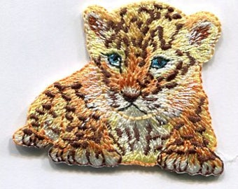 Tiger iron on applique