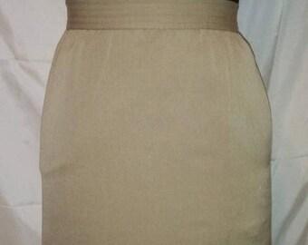 "SUMMER CLEARANCE SALE 80s Vintage Pencil Skirt-Elizabeth Arden-Secretary Office-High Fashion-Size 4-Small-26"" Waist-Business Career-Gabardin"