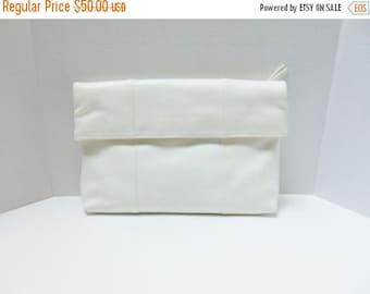 "SALE Vintage Clutch Handbag Large 80s White Clutch Envelope Clutch  13"" long"