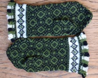 Hand Knit Wool Mittens Green Black White Latvian Geometric Mitts