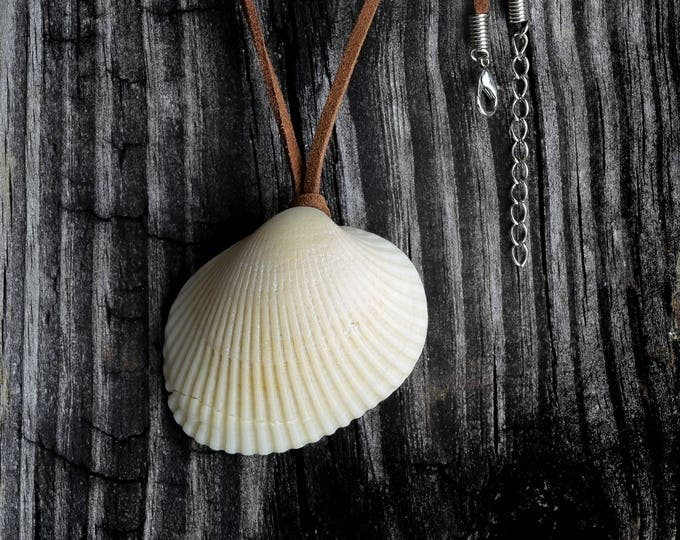 Boho Jewelry  FREE SHIP Sea Shell Pendant Leather String Necklace Gift by VERO for SeaStyle