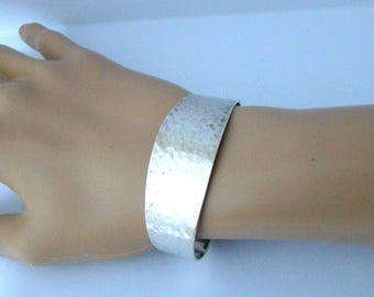 Vintage Taxco Mexico Sterling Hammered Cuff