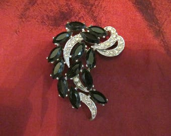 Gorgeous Vintage Sarah Coventry Brooch Large Rhinestone Black Beaded Silvertone Abstract Plumage Pin Statement Piece