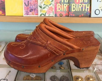 Vintage 60s / 70s Wooden Leather Dead Stock Clogs by Rosane  US Size 8 M (may also fit like 7 1/2)  Made in Brazil