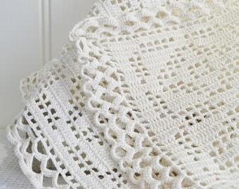 Crochet rectangular doily, vintage Swedish hand made 80s tablecloth