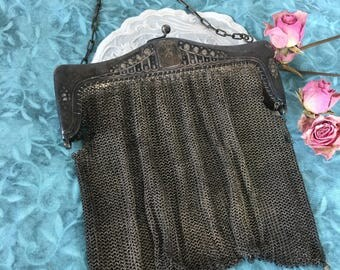 Vintage Silver Woven Mesh Evening Bag. Ornate Silver Top Frame With Snap Latch Closure. Tarnished Silver Evening Bag.