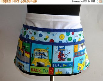 ON SALE Pete the Cat Teacher apron, Preschool Teacher apron, Classroom utility apron, Teacher apron, Kindergarten teacher apron, apron for t