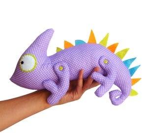 Iguana toy, iguana decor, gift for iguana lover, iguana owner gifts, lizard toy, plush iguana, stuffed lizard, reptile, animal, iguana art