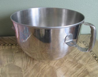 Large Stainless Steel Batter Mixing Bowl 6 Quart