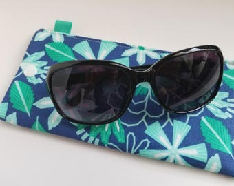 Padded Sunglass Case with Snap- Aqua flowers