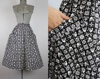 1950's Novelty Print Full Skirt / Size Small